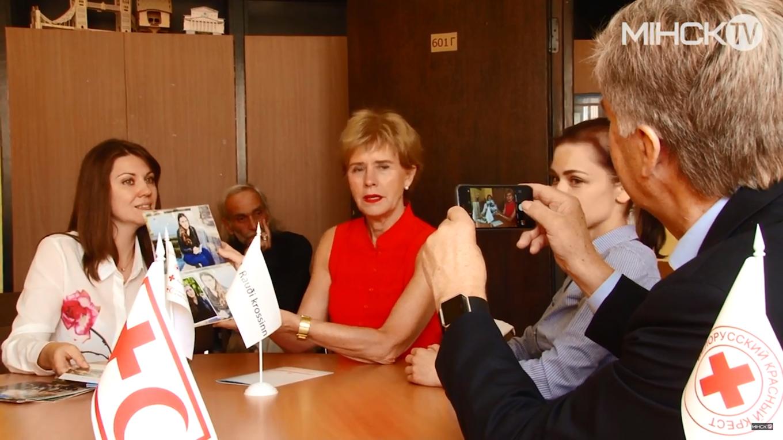 Белорусский Красный Крест показал гостям из Исландии, как организовал помощь людям с психическими заболеваниями.