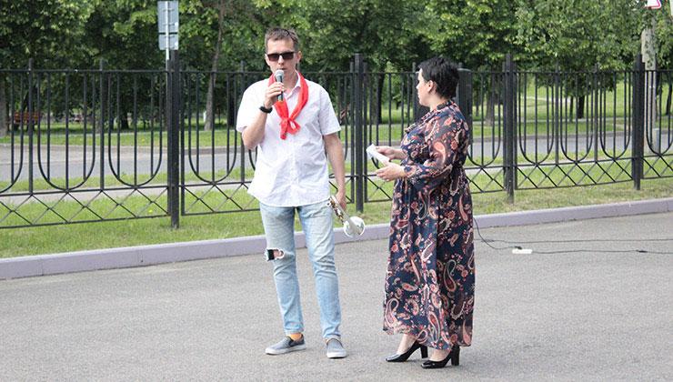 Вкусная барахолка: Волонтер центр Владимир Семенюк