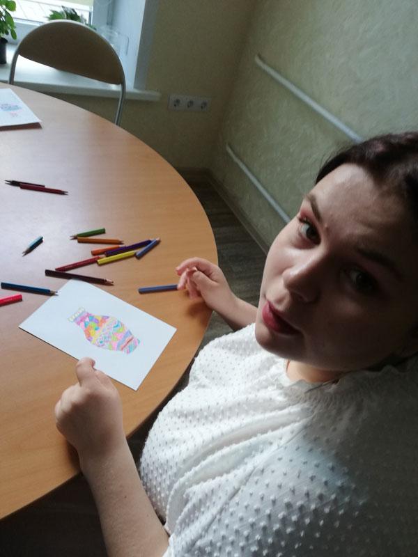 Развивающие занятия: участник арт-терапии